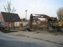 Die Bagger rollen an  [16.04.2009] Erdarbeiten