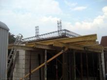 Stahlarmierung für die Erdgeschossdecke Stahlarmierung für die Betondecke und späteren Aufbauten [30.06.2009] Erdgeschoss
