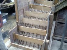 Stahlarmierung für die Erdgeschossdecke Verschalung der Treppe zu Obergeschoss [30.06.2009] Erdgeschoss