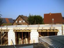 Die Erdgeschossdecke und Treppe sind fertig  [03.07.2009] Erdgeschoss