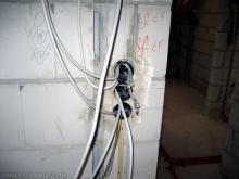Ersten Elektroinstallationen im Obergeschoss  [07.09.2009] Installation