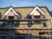 Die Kupferblenden der Dachgaube wurden angebracht  [08.09.2009] Dachstuhl