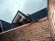 Das Dach ist komplett fertig Dachgaube am Badezimmer [16.09.2009] Dachstuhl