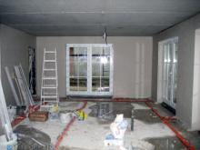 Die Putzer sind auch schon fast fertig  [08.10.2009] Innenputz