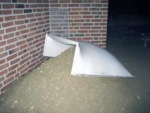 Die Lichtschächte können eingebaut werden Ein Lichtschacht [20.10.2009] Kellerschächte