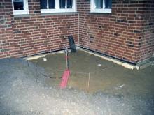 Trockene Füße im doppelten Sinn  [10.12.2009] Garten- und Außenanlagen