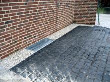 Pflasterarbeiten sind abgeschlossen Stellpaltz für PKW [31.12.2009] Garten- und Außenanlagen