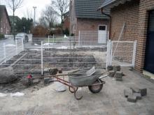 Der Zaun vor dem Haus steht  [20.01.2010] Garten- und Außenanlagen
