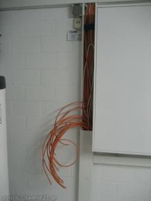 """Die Elektro-Feininstallation ist fast fertig Das """"offene Ende"""" der Netzwerkverkabelung [05.02.2010] Installation"""